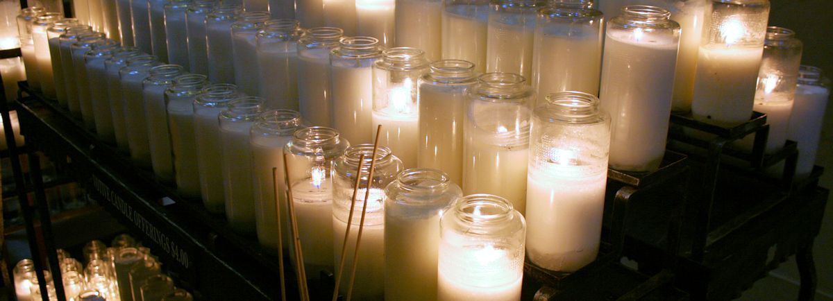 Light candles to pray for your lost loved ones